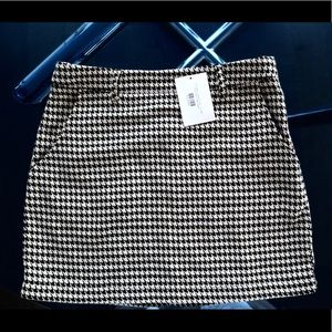 Wild Honey Mini Skirt new with tags size S